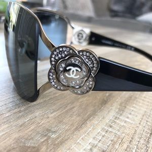 Rare CHANEL Swarovski Crystal Camellia Sunglasses